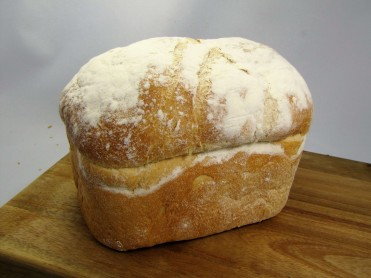 Soft White Farmhouse Tin Loaf 400g